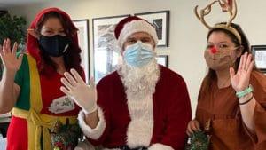 Cross Creek Team Brings Holiday Cheer to Residents